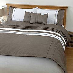 Home Collection Mink Faux Silk Bed in a Bag - includes Duvet Cover, Pillowcase, Runner and Cushion Cover
