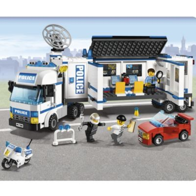 LEGO Mobile Police Unit - image 3