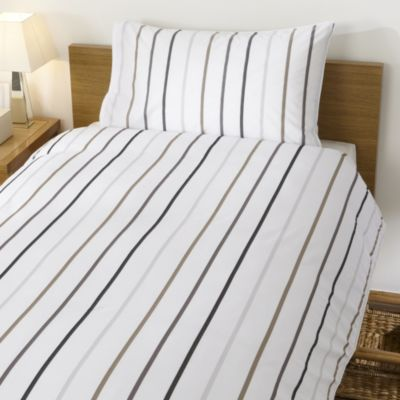 Home Collection Yarn Dyed Herringbone Stripe Bed Linen Set - image 1