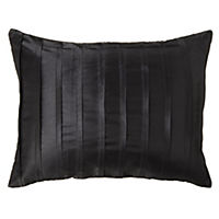 Tu Black Pleated Cushion