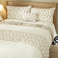 Tu Ditsy Print Bed in a Bag - includes Duvet Cover, Pillowcase, Cushion Cover and Runner