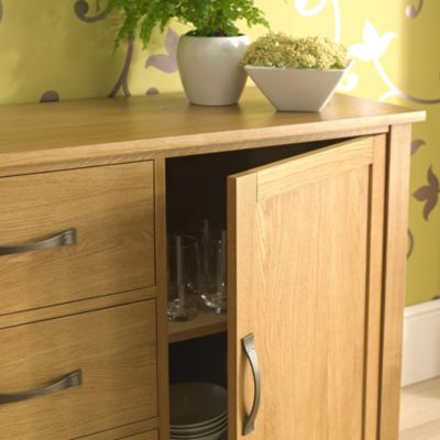 Kensington Oak Veneer Large Sideboard - image 7